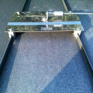 ancoraggi fissi per coperture metalliche continue