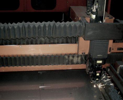 taglio laser, macchina, machine, laser, innovation, alluminio, metallo, stainless steel, acciaio inox